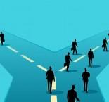 desenho de pessoas escolhendo melhor caminho