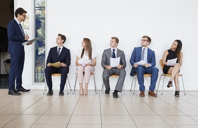 Recrutamento Externo: entenda como o processo pode ser um motivador extra para sua equipe